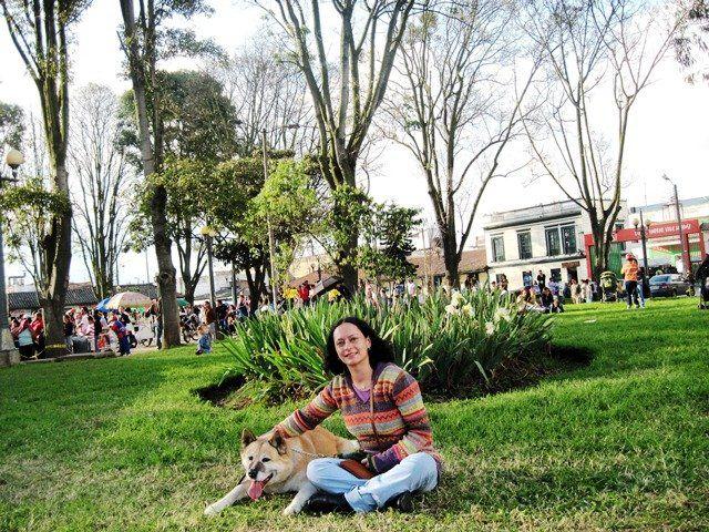 Inashi y Patricia en el Parque de Fontibón